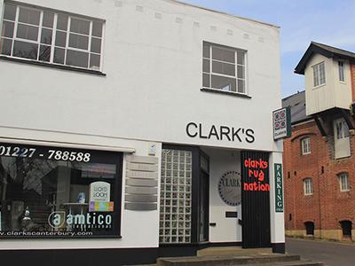 llevar a cabo de primera categoría Confusión  Contact – Clarks Canterbury